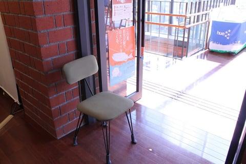 椅子も設けられた