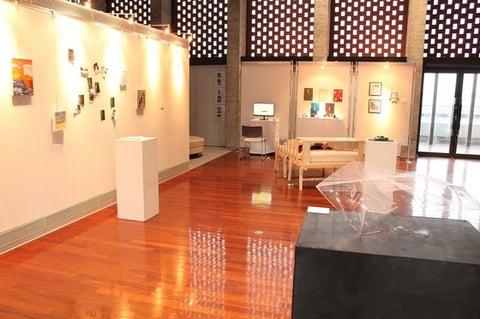 市民ギャラリーA会場では立体や小作品の展示を行いました。